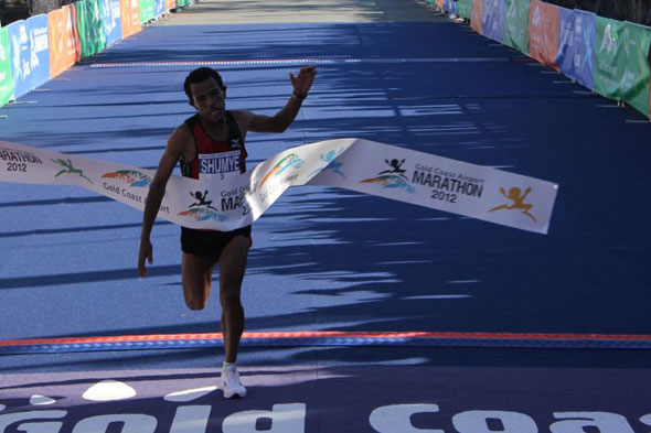 Alemayehu Shumye wins Gold Coast 2012
