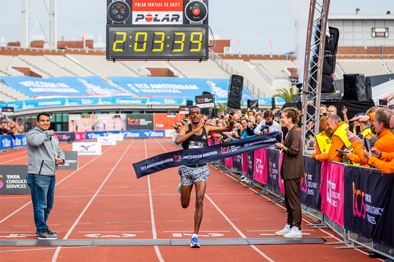 Tola and Tanui win TCS Amsterdam Marathon in record time