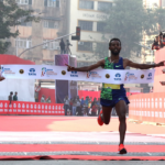 Debutant Hurisa sets Mumbai course record