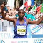 Felix Kandie wins Prague Marathon 2015