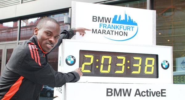 Patrick Makau - Frankfurt Marathon