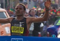 Ayele Abshero wins Dubai Marathon 2012