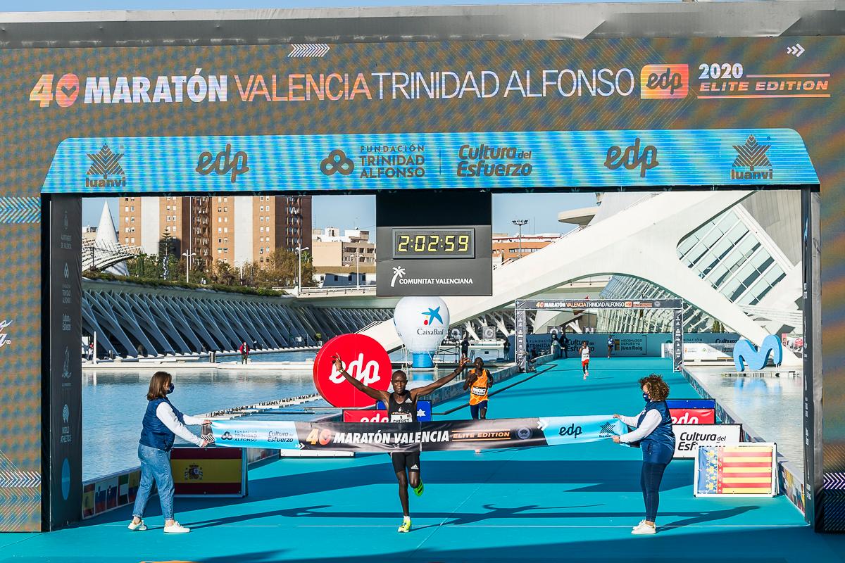 Chebet wins the Valencia Elite Edition Marathon 2020