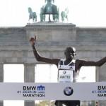 Dennis Kimetto Smashes Record in Berlin