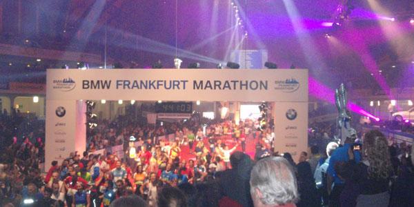 frankfurt marathon finish