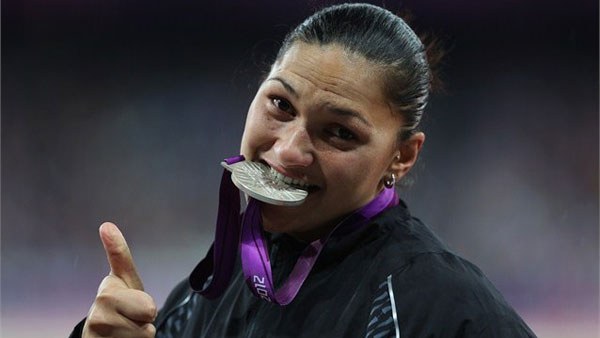 Valerie Adams with Silver