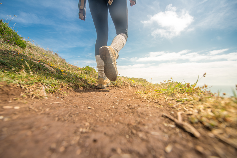 4 Ways Hiking Can Improve Your Running